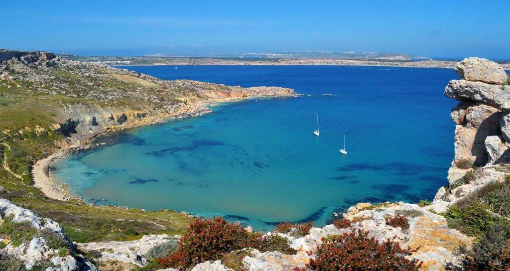 Phát nghiện với những bãi biển đẹp nhất ở Malta