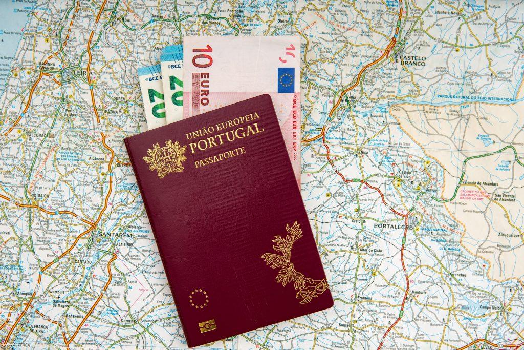Hộ chiếu Bồ Đào Nha quyền lực ngang Mỹ – Nhập tịch dễ dàng hơn