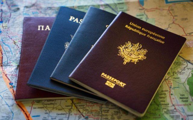 """Nhà giàu Mỹ """"mạnh tay"""" chi tiền mua hộ chiếu thứ 2 giữa đại dịch COVID-19"""